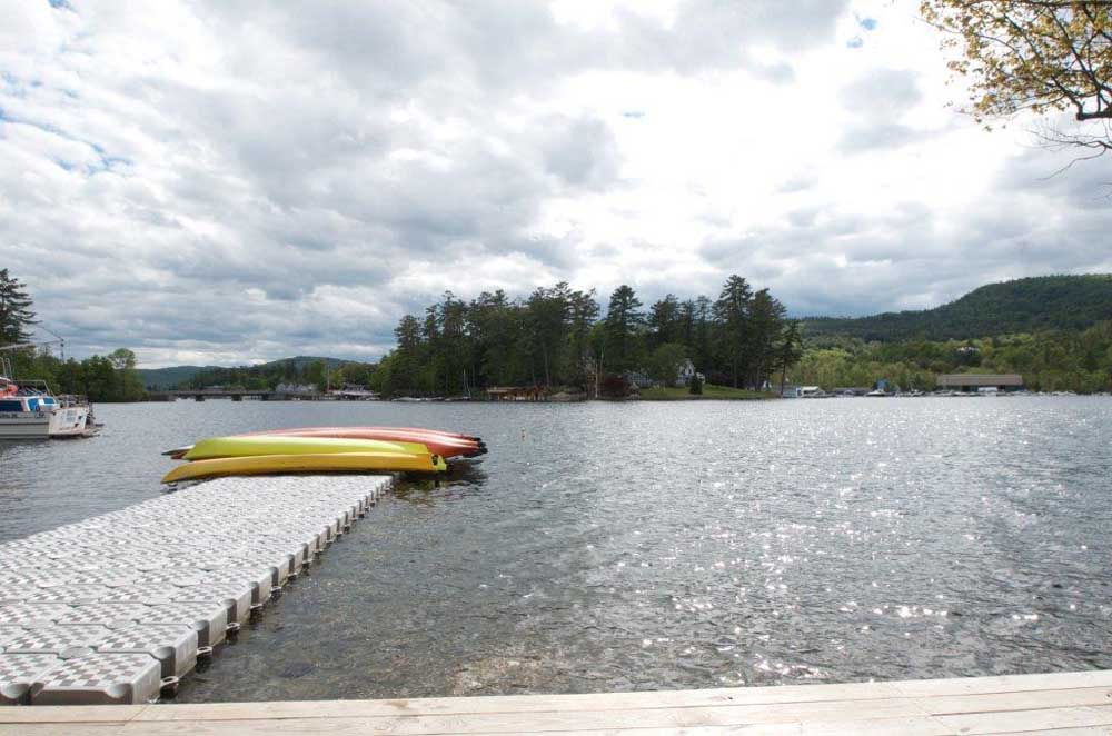 floating dock with kayaks at the end