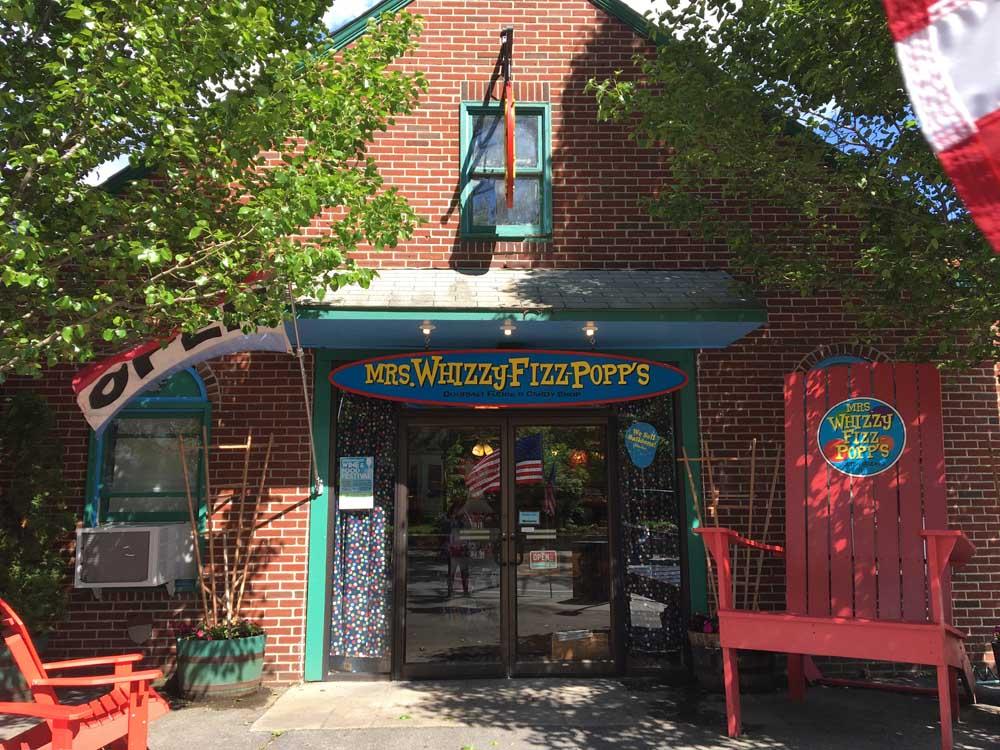 mrs. whizzy-fizz-popp's exterior