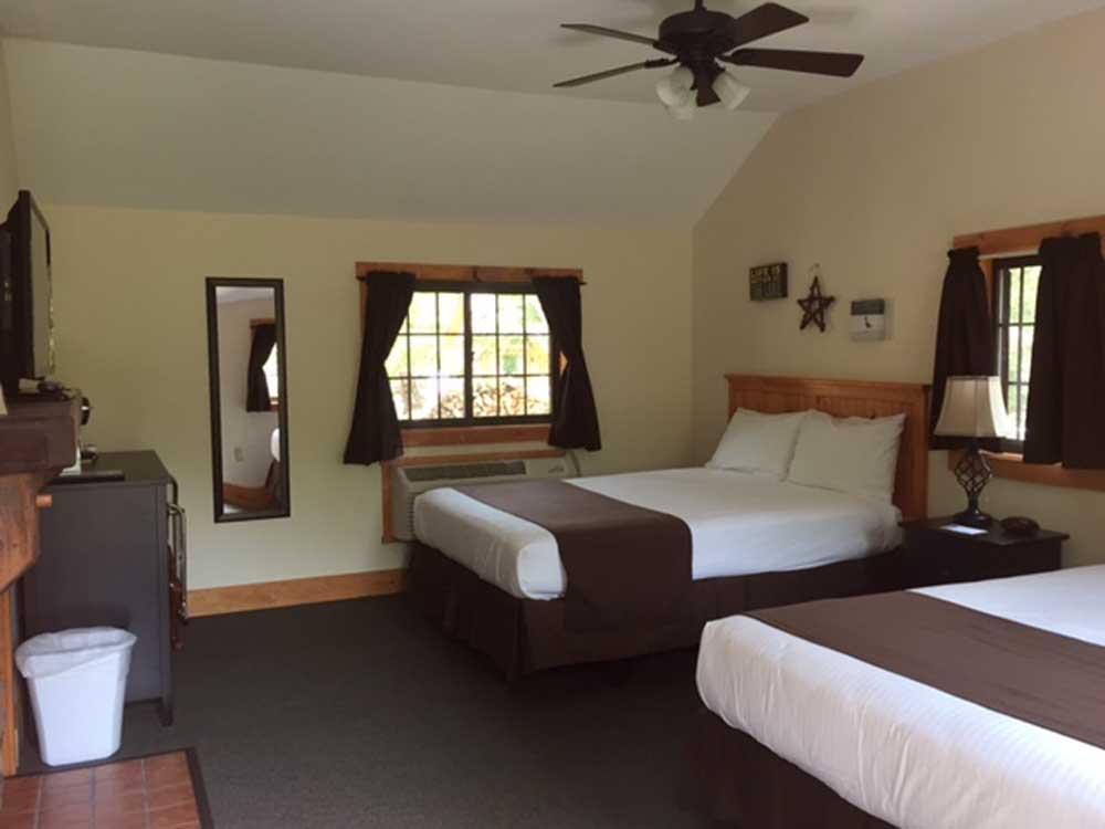 Queen Beds in Cabin Room