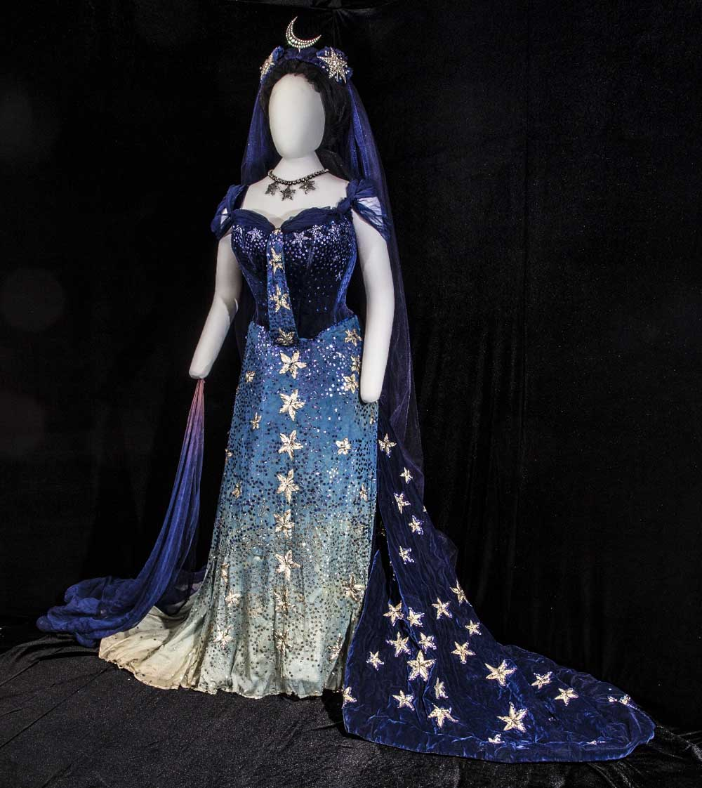 star themed dress on mannequin