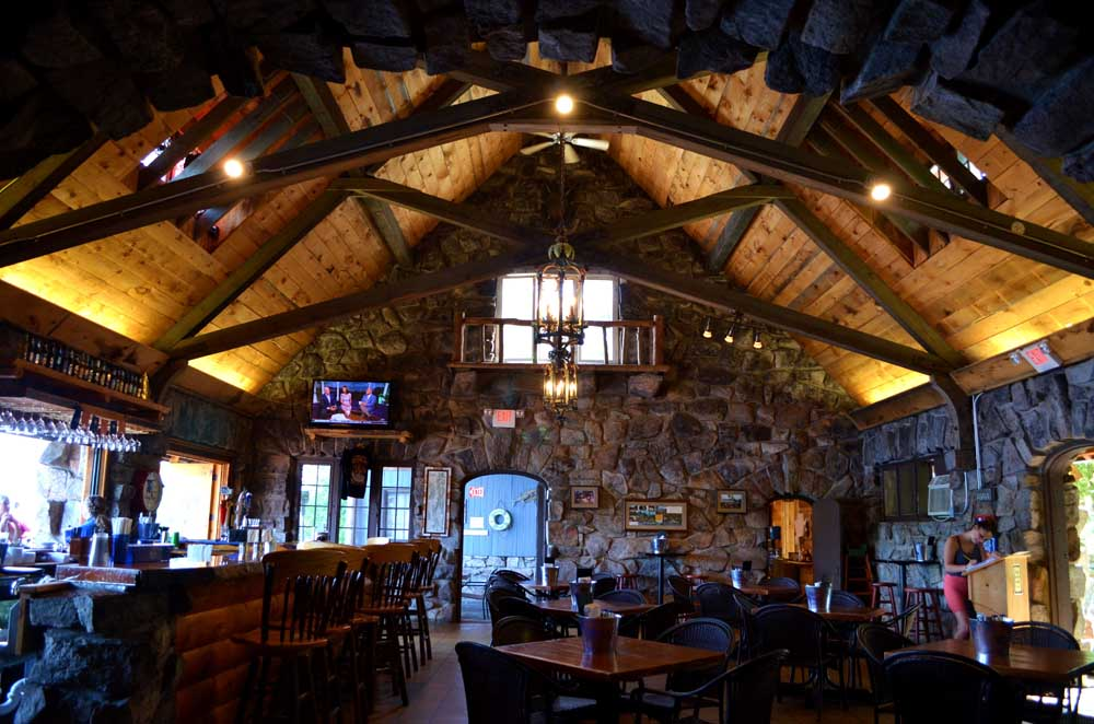 inside dining area of tavern at Blue Water Manor